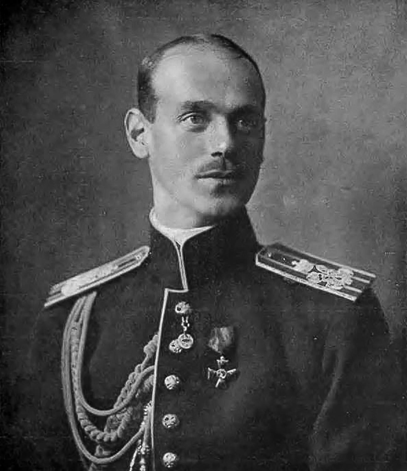 Руски велики кнез Михаил Александрович, млађи брат последњег руског цара Николаја II.