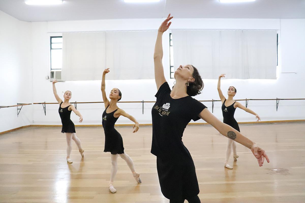 Anna Koblova et ses élèves
