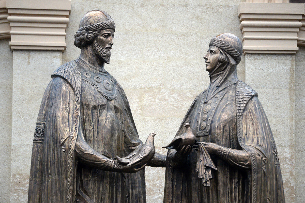 Statue de Pierre et Févronie à Kazan