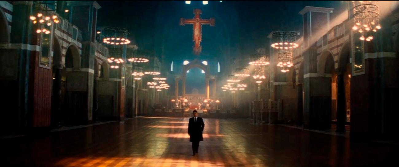 Jack Ryan se s antagonistom susreće u tobožnjoj ruskoj pravoslavnoj katedrali Krista Spasitelja u Moskvi.