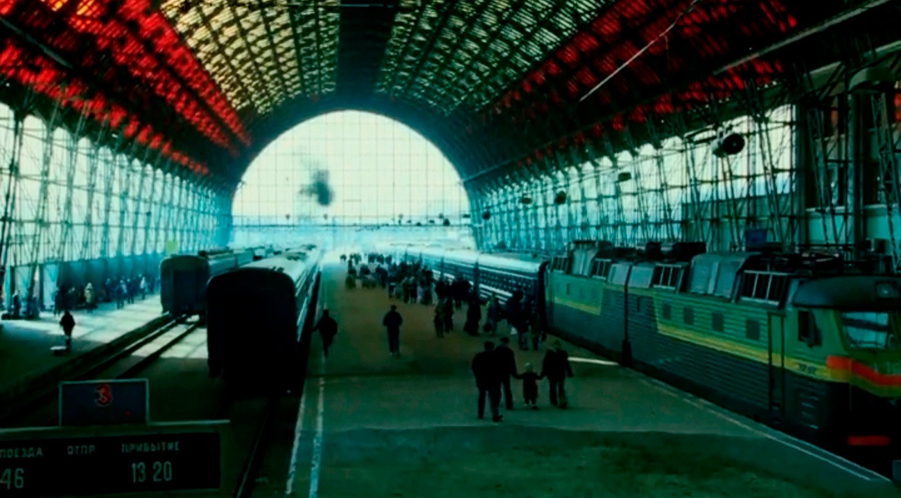 Pravi Kijevski željeznički kolodvor na koji Bourne stiže oko 2004.
