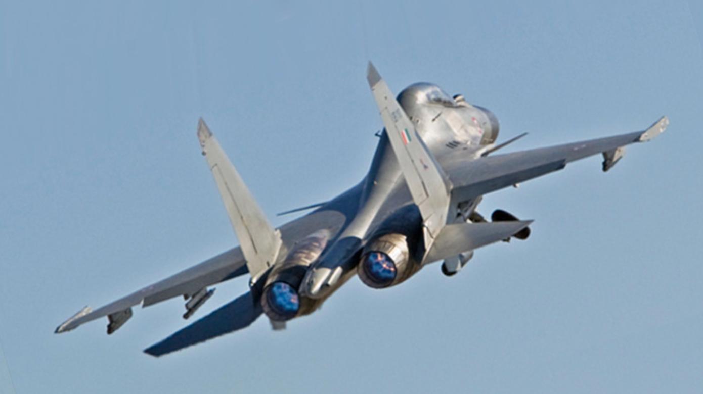 Borbeni avion Su-30MKI