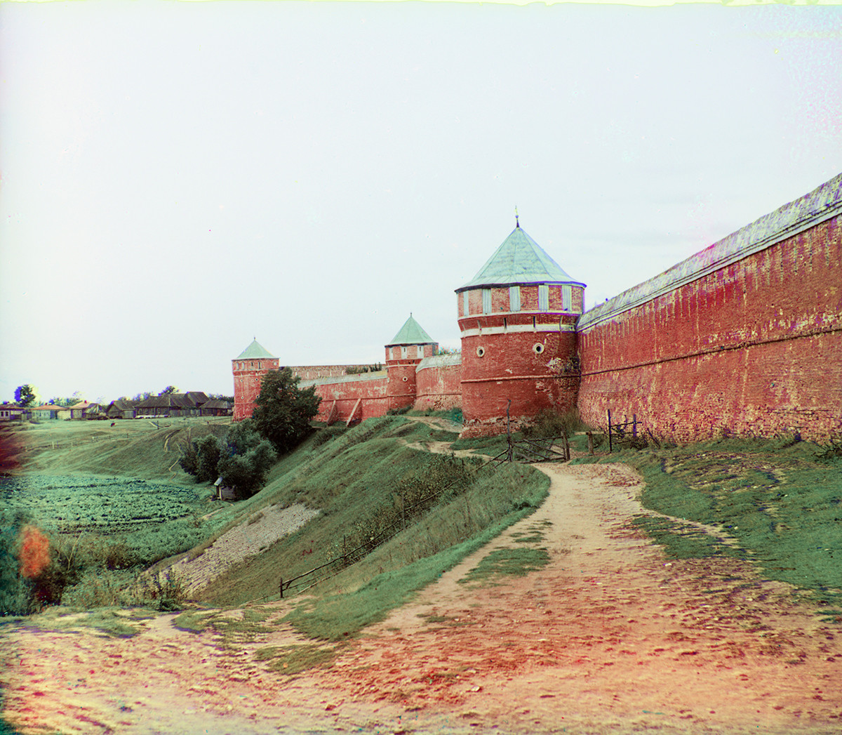 Savior-St. Evfimy Monastery, west wall & towers. Summer 1912