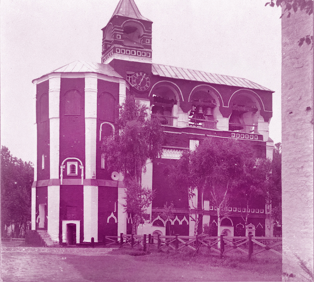 Savior-St. Evfimy Monastery. Church of the Nativity of John the Baptist, with attached belfry. Northwest view. Far right: corner of Intercession Church. Summer 1912