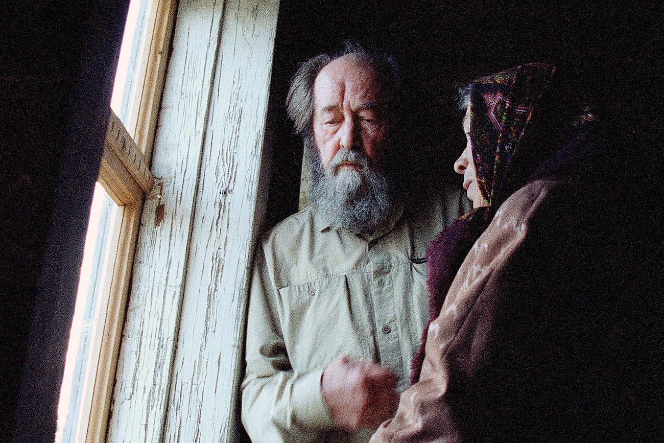 Soviet writer and dissident Alexander Solzhenitsyn