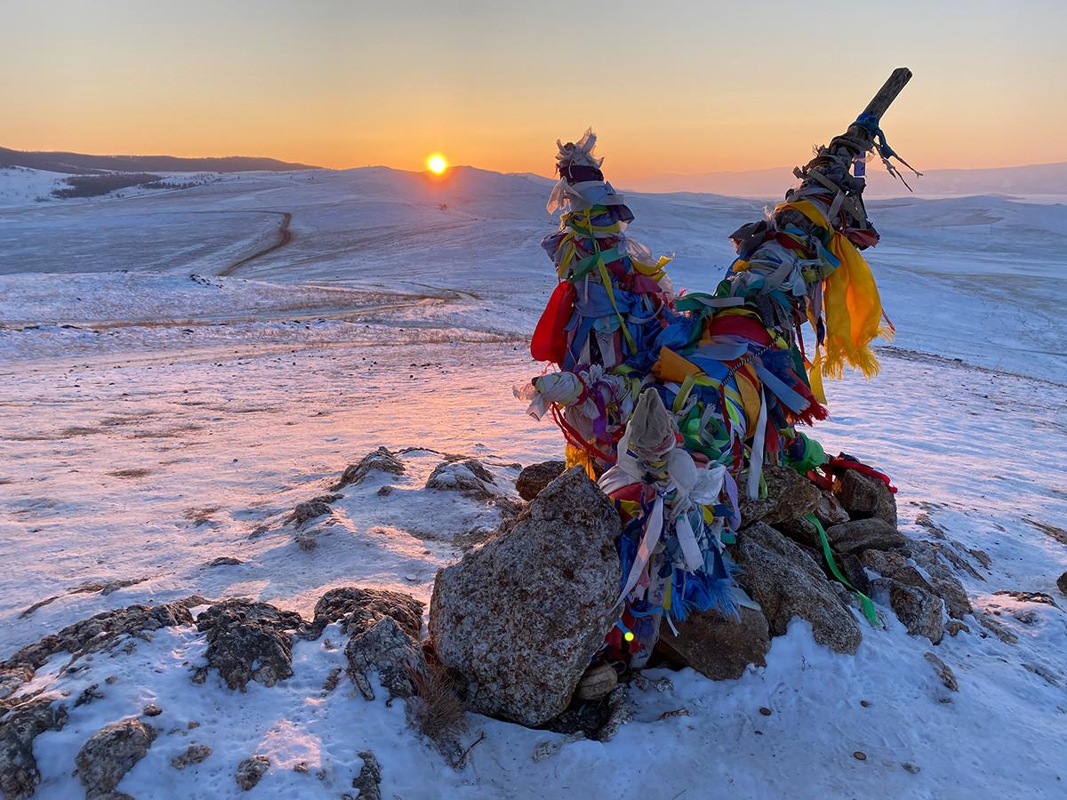 La cima dell'isola di Olkhon: il luogo più spettacolare dal quale ammirare il tramonto