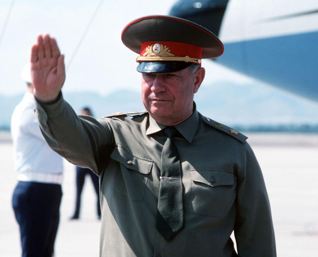 Le ministre de la Défense de l'URSS Dmitri Iazov lors de sa visite de travail aux États-Unis, 1989