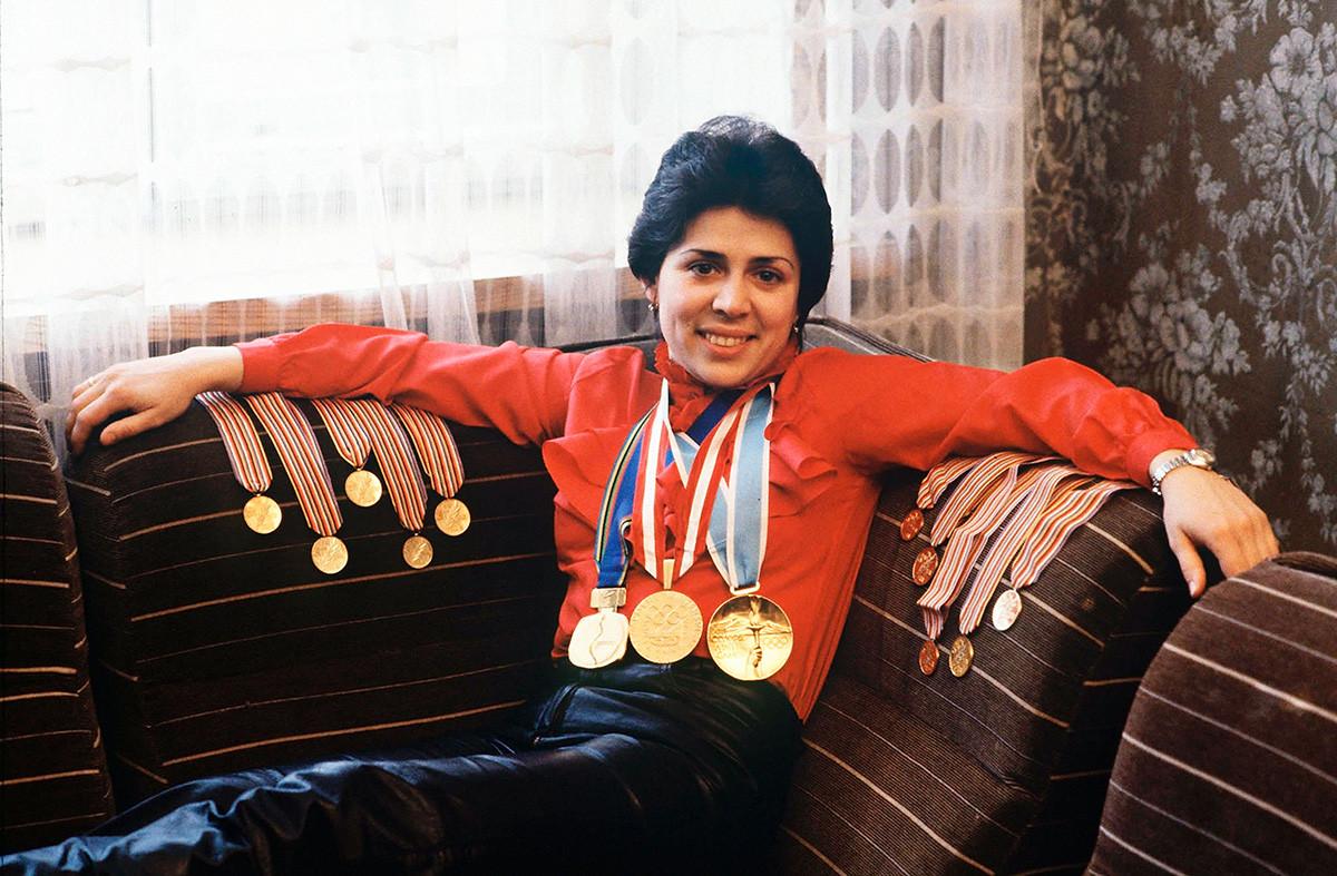 イリーナ・ロドニナだけで10の世界選手権を制し、3つのオリンピック金メダルを獲得した。