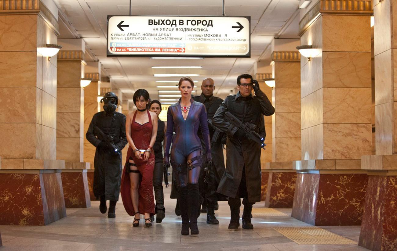 映画の地下鉄アルバーツカヤ駅で撮影されたシーン。