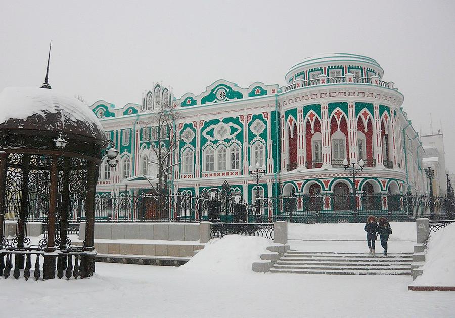 セヴェスチアノフの大邸宅