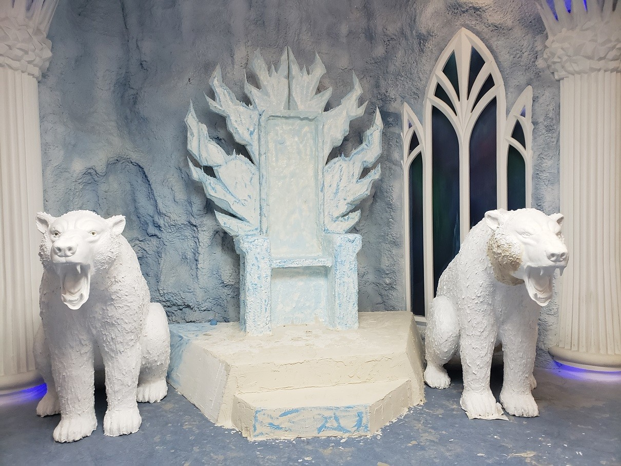 Last touch of paint for the throne of the Snow Queen, where the character will greet children