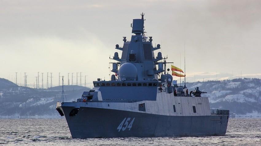 """Ракетна фрегата """"Адмирал Горшков""""."""
