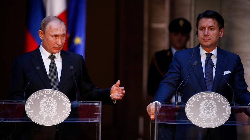 Presidente russo Vladimir Putin e primeiro-ministro italiano Giuseppe Conte