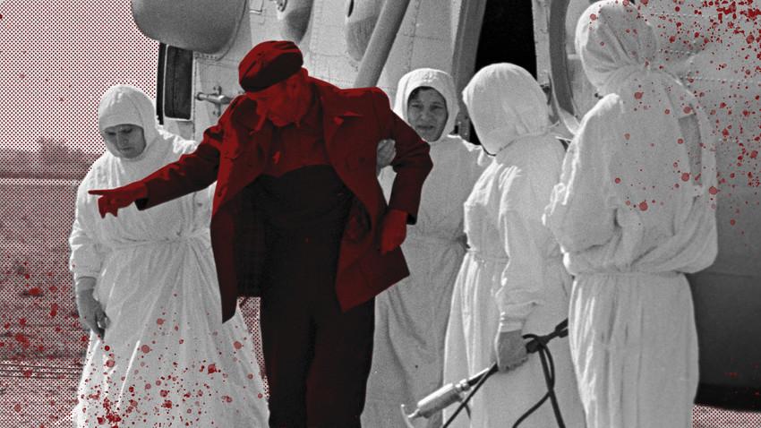 Медицински персонал спроведува заболен од колера во инфективна болница во Астрахањ, 1970 година.