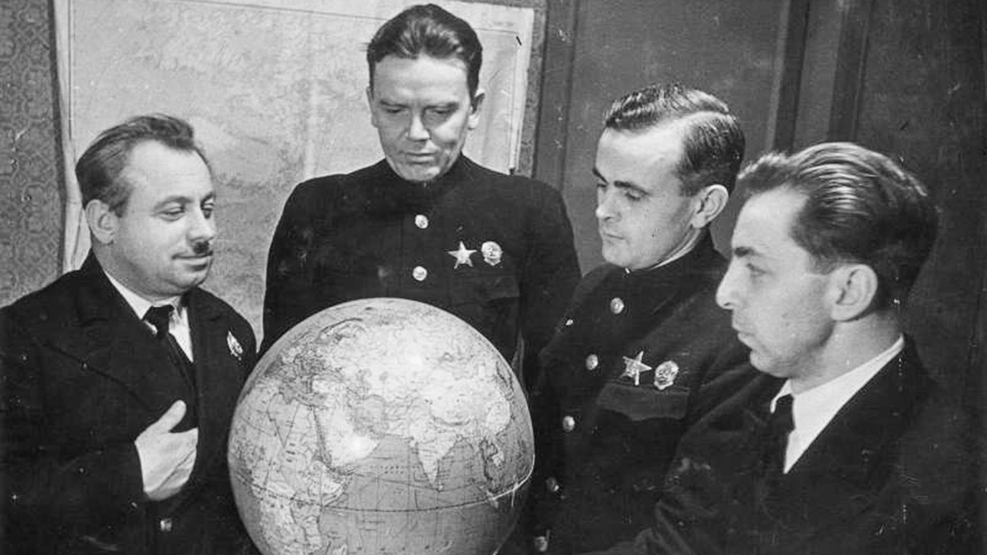 Ivan Papanin, Ernst Krenkel, Pyotr Shirshov, Evgeny Fedorov.