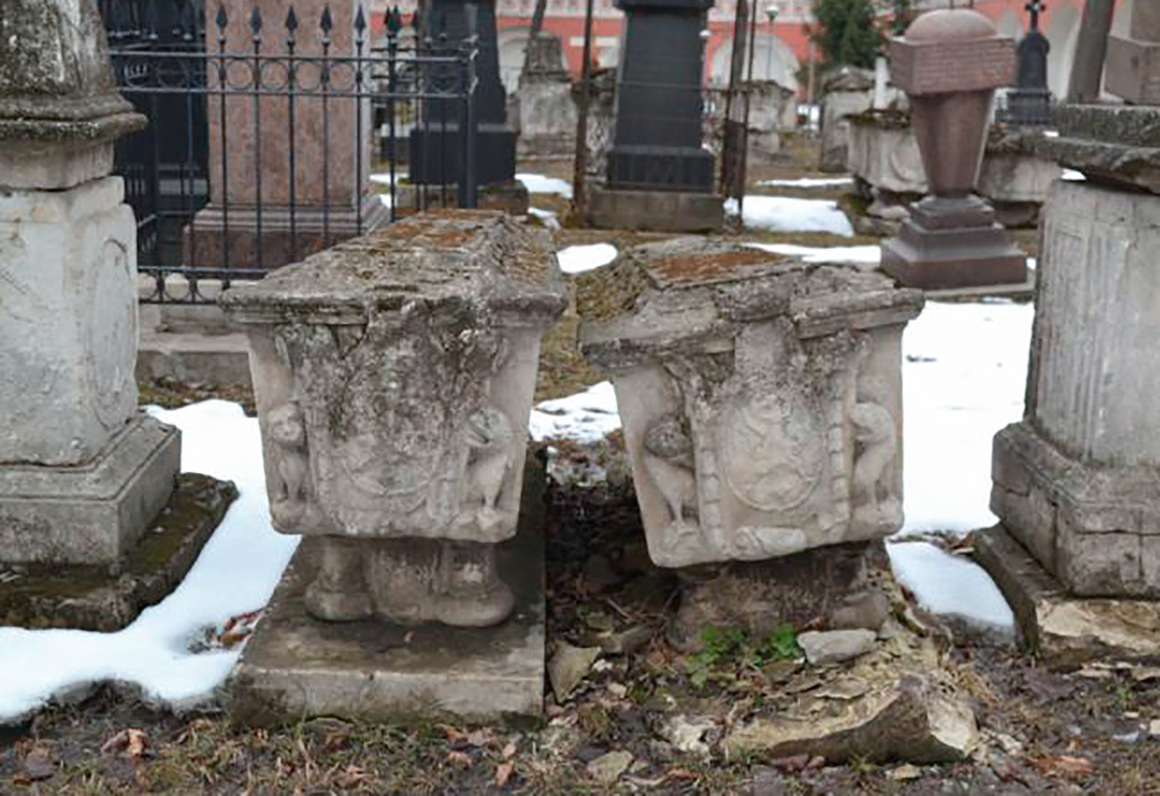 The graves at the Novodevichy monastery. One of these two belongs to Saltykova. Another one is her son's.