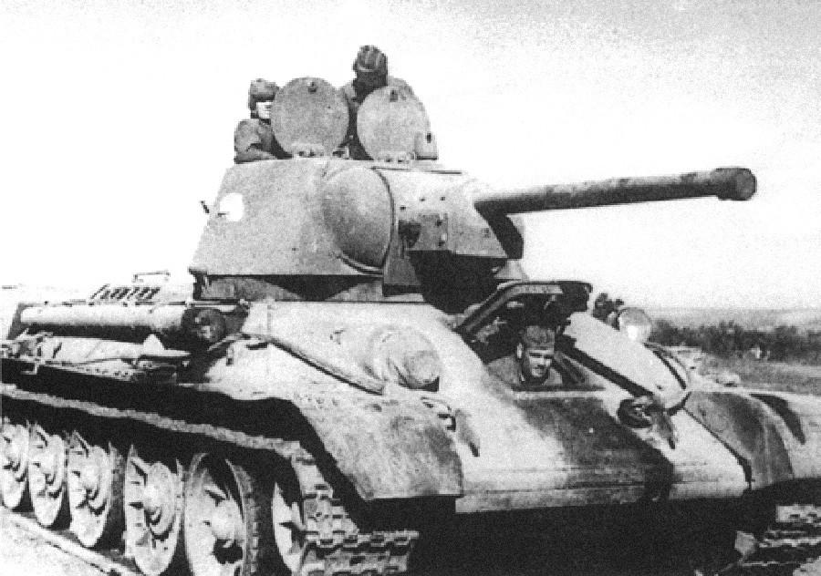 T-34 z dvojno loputo
