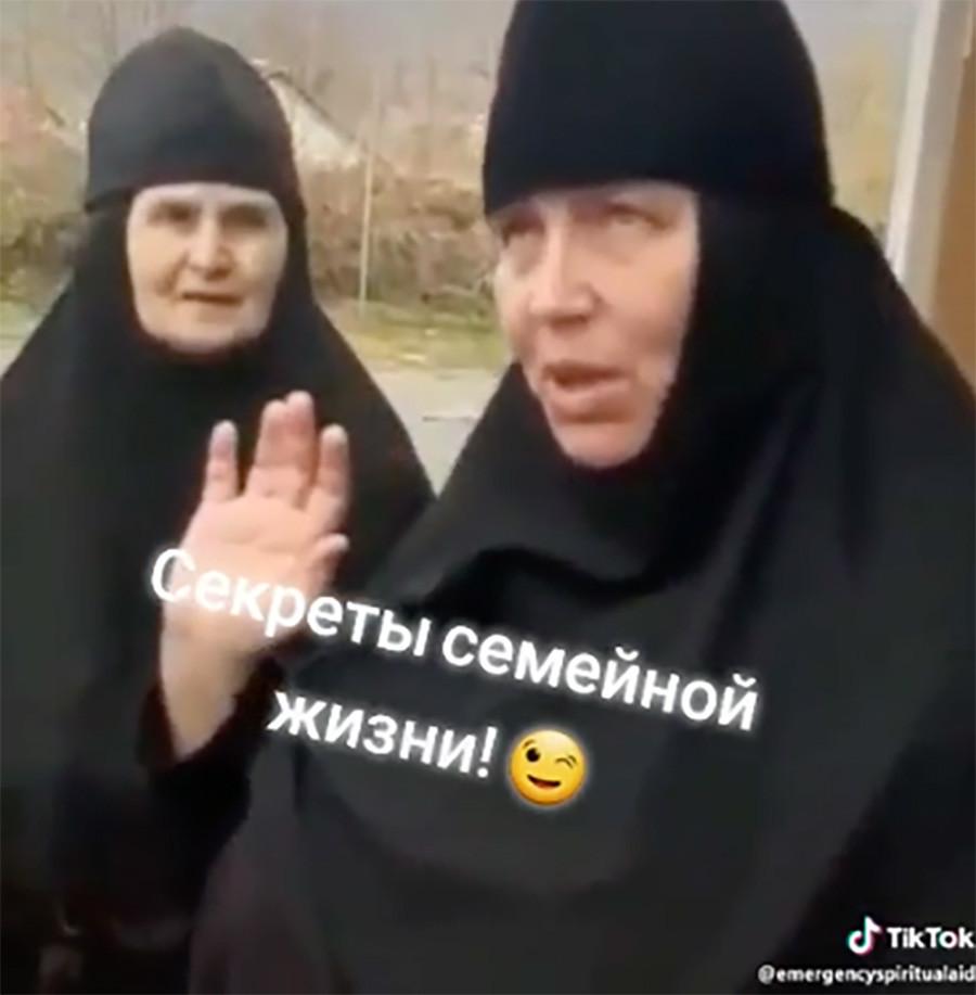 """Das Video mit dem Titel """"Geheimnisse des Familienlebens"""""""