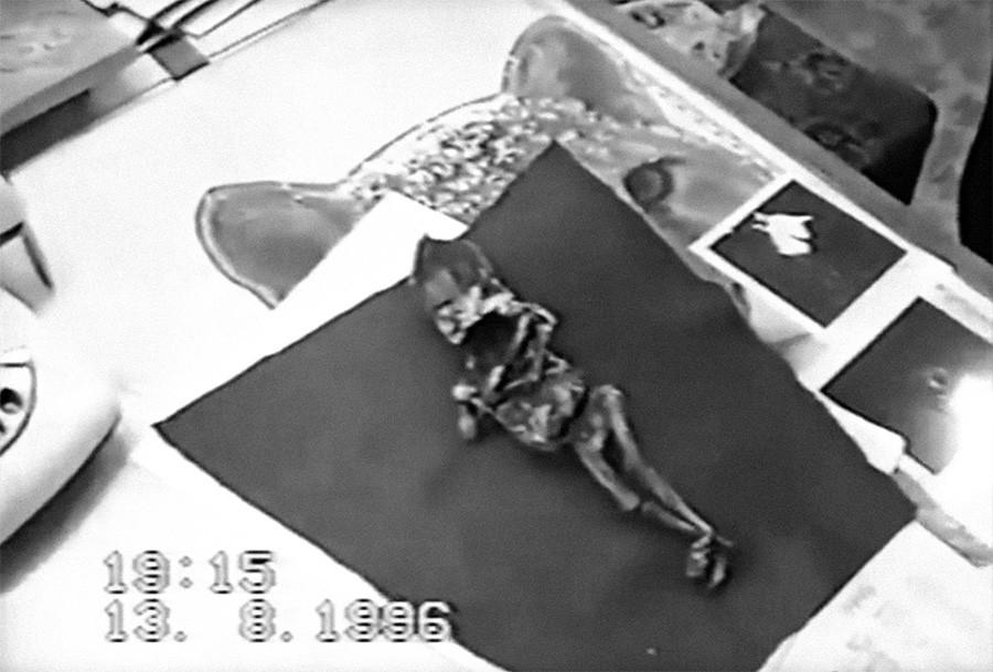 アリョーシェニカの遺体