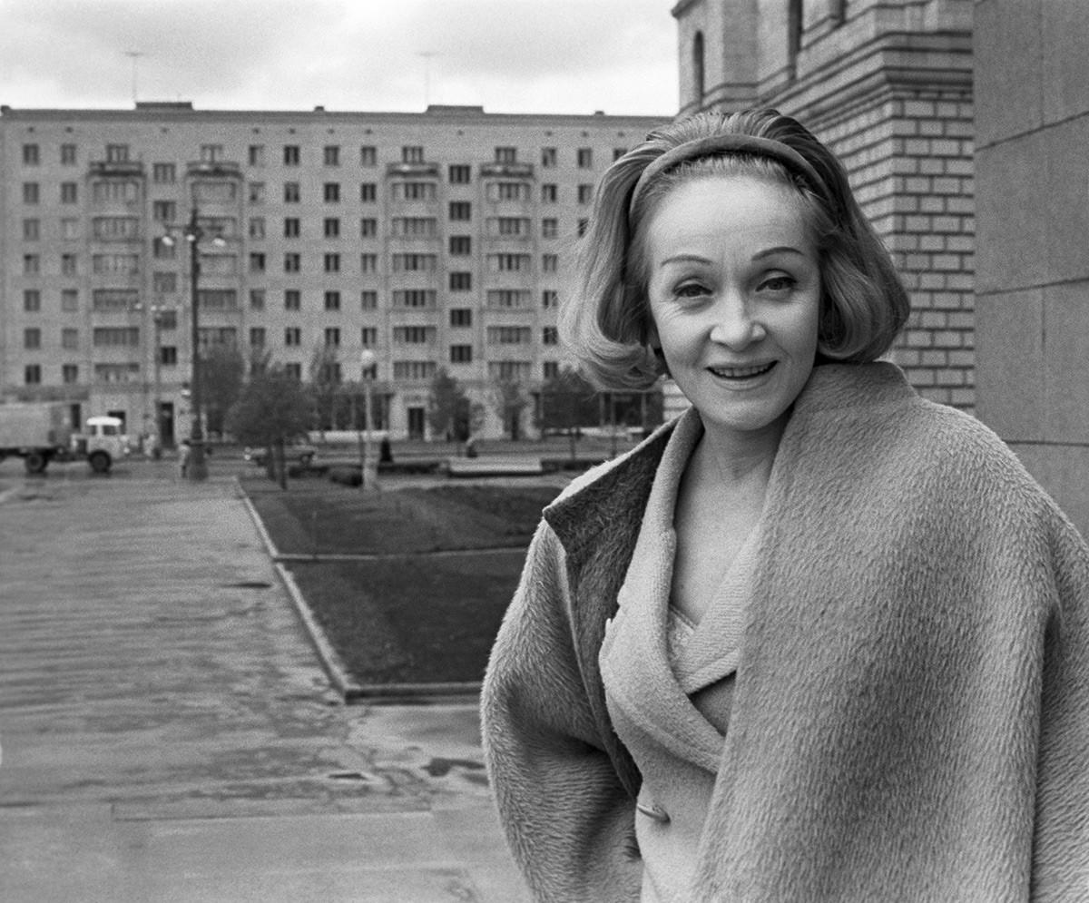 Марлен Дитрих в Москве.