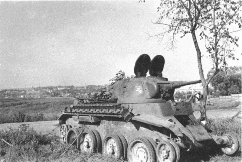 БТ-7М