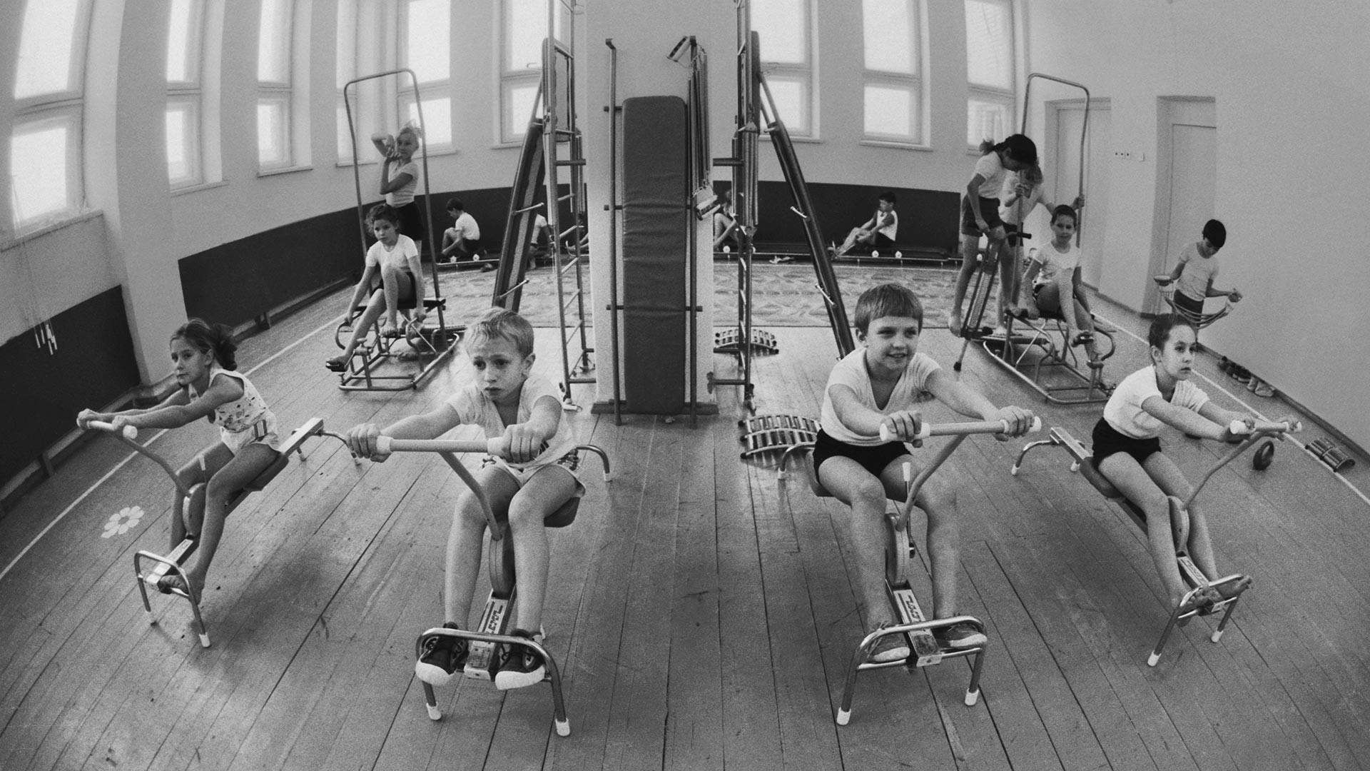 Прваци на часу физичког.