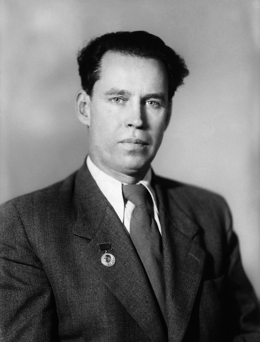Добитник Стаљинове награде, совјетски сликар Алексеј Кокорекин.