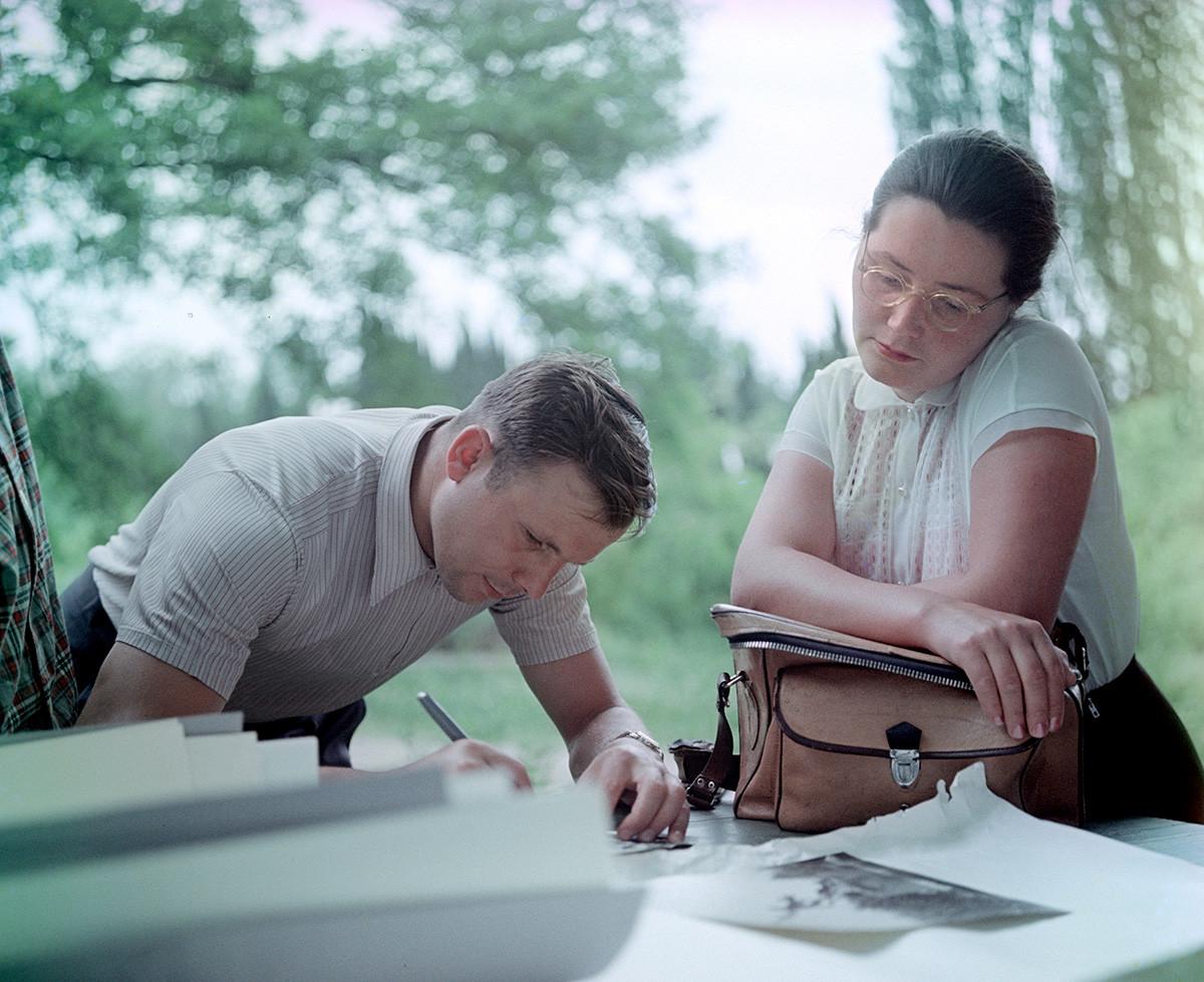 ユーリとワレンチナ、1961年5月5日