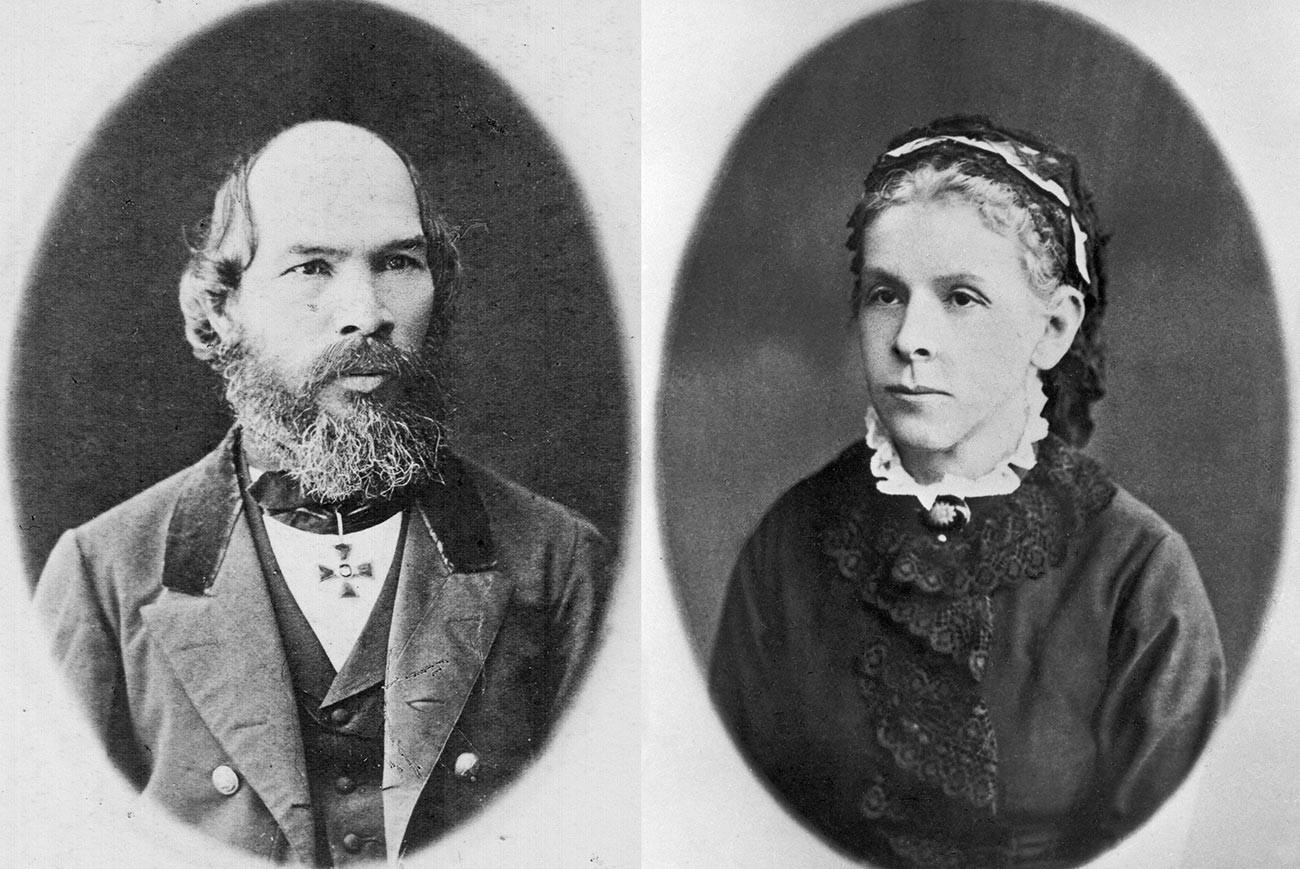 Retratos de los padres de Lenin, Iliá Uliánov y María Uliánova.