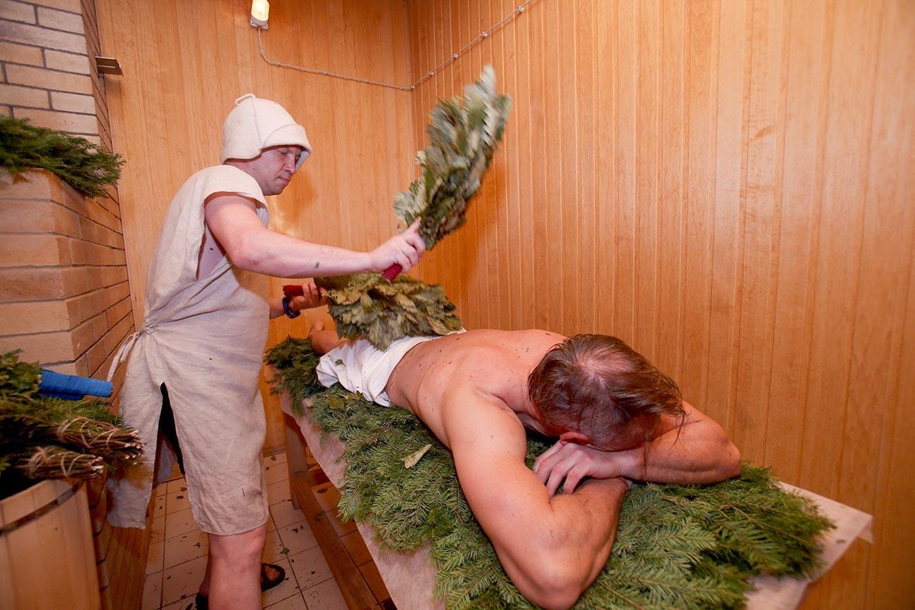 Posjetitelji Rubljovskih parnih kupelji