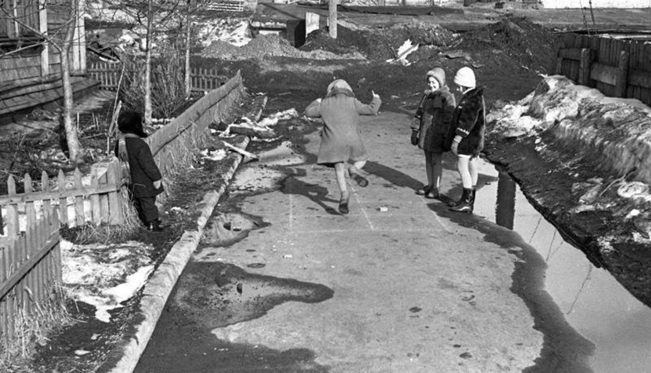 Весна, 1963
