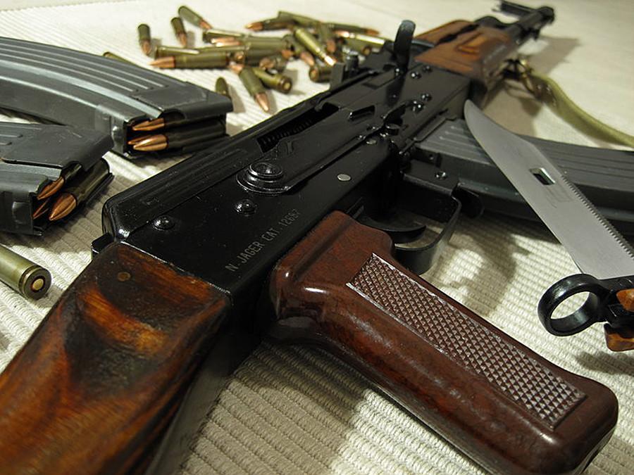 AК-47