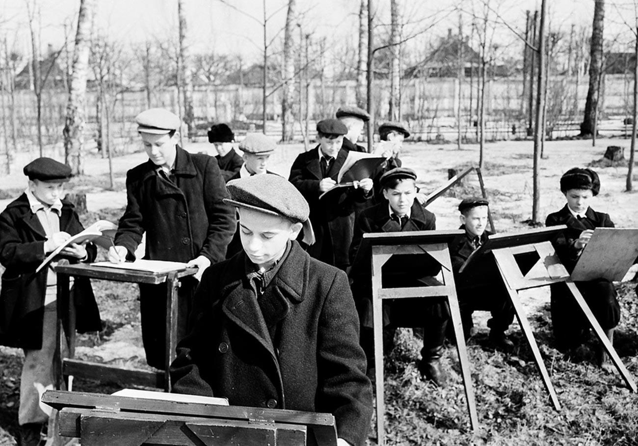 春の写生大会、1959年