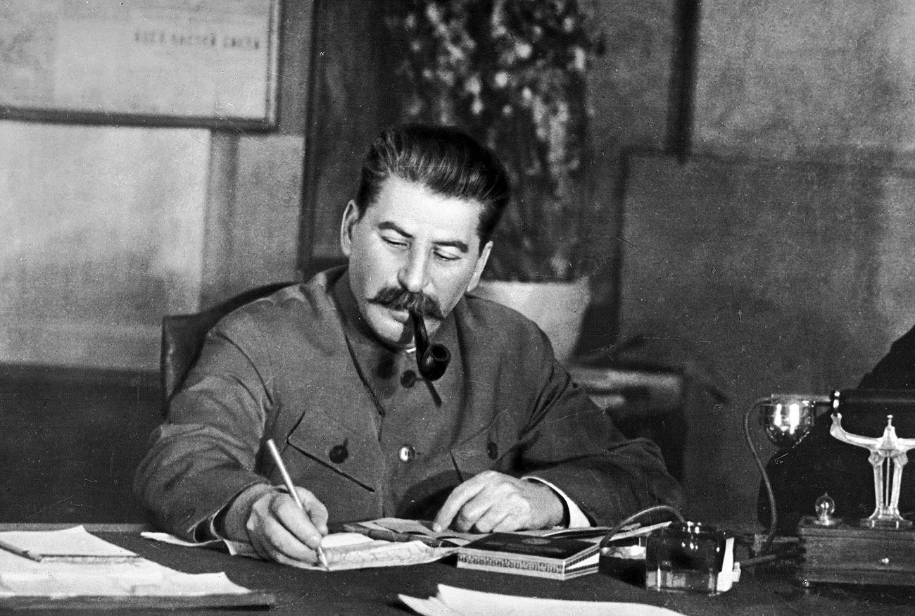 Joseph Stalin at work (press photo)