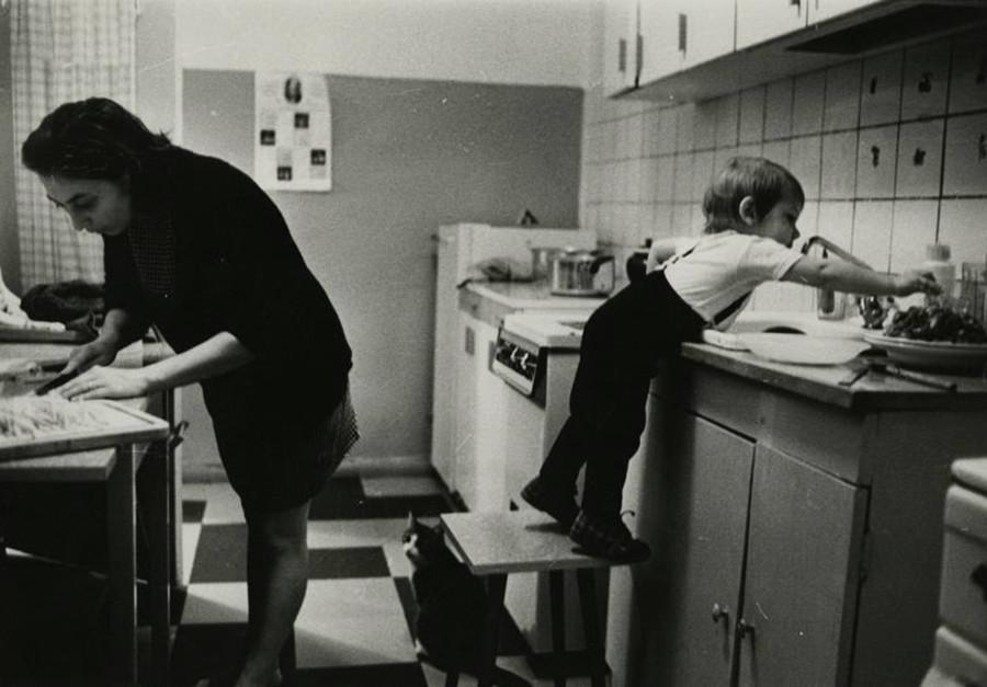 En la cocina, años 70
