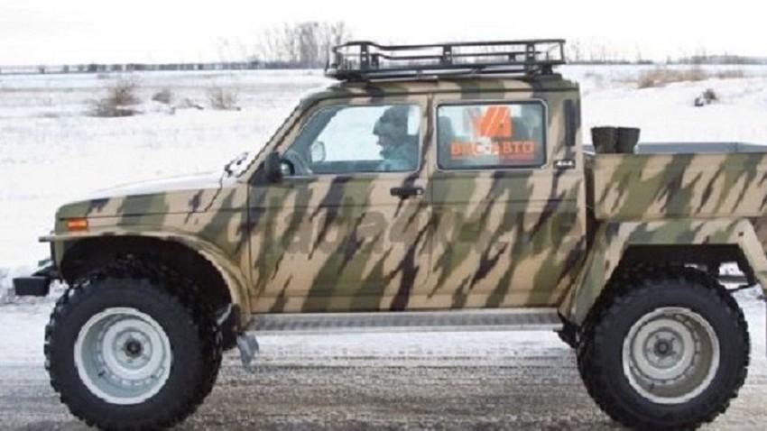 Terenski pickup LADA 4×4