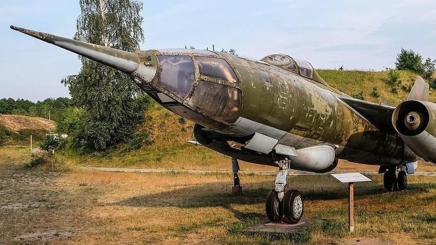 Sovjetski prestreznik/bombnik Jak-28P