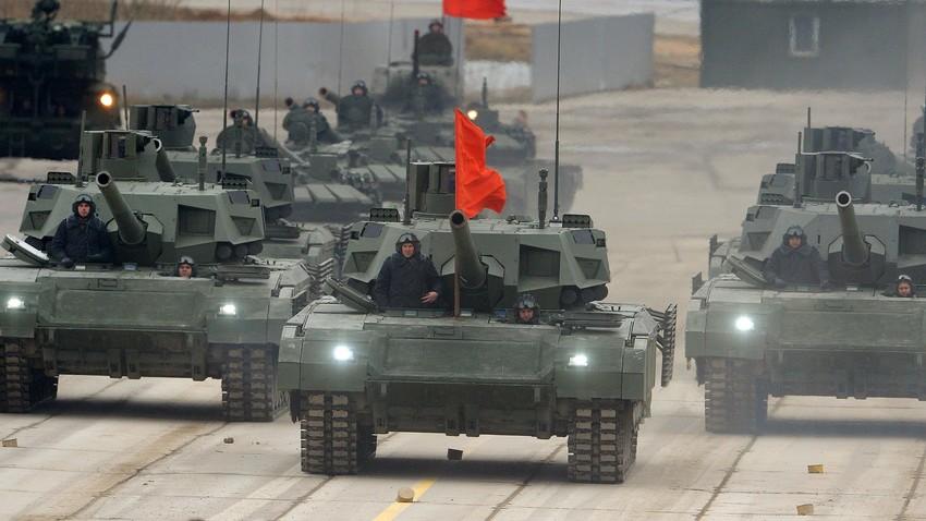 "Tanque Т-14 ""Armata""."