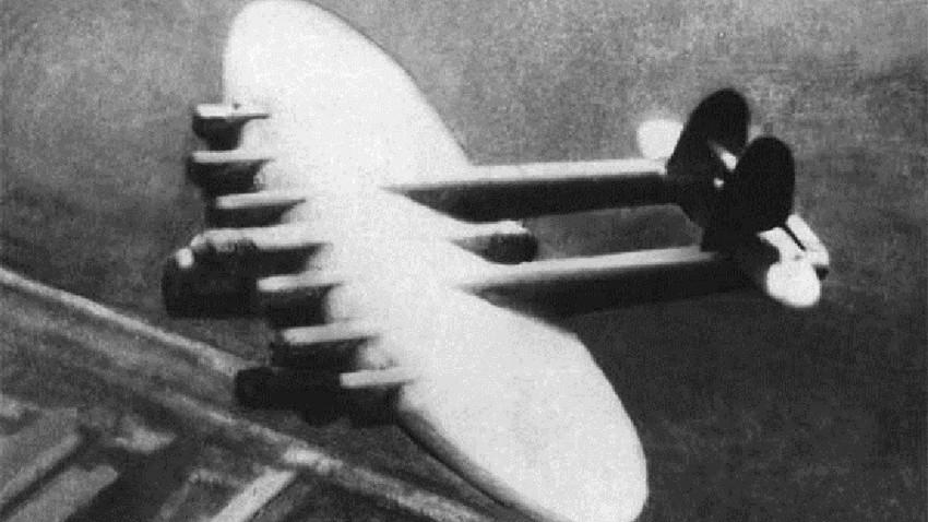 Калињин К-7, супертешки совјетски бомбардер.