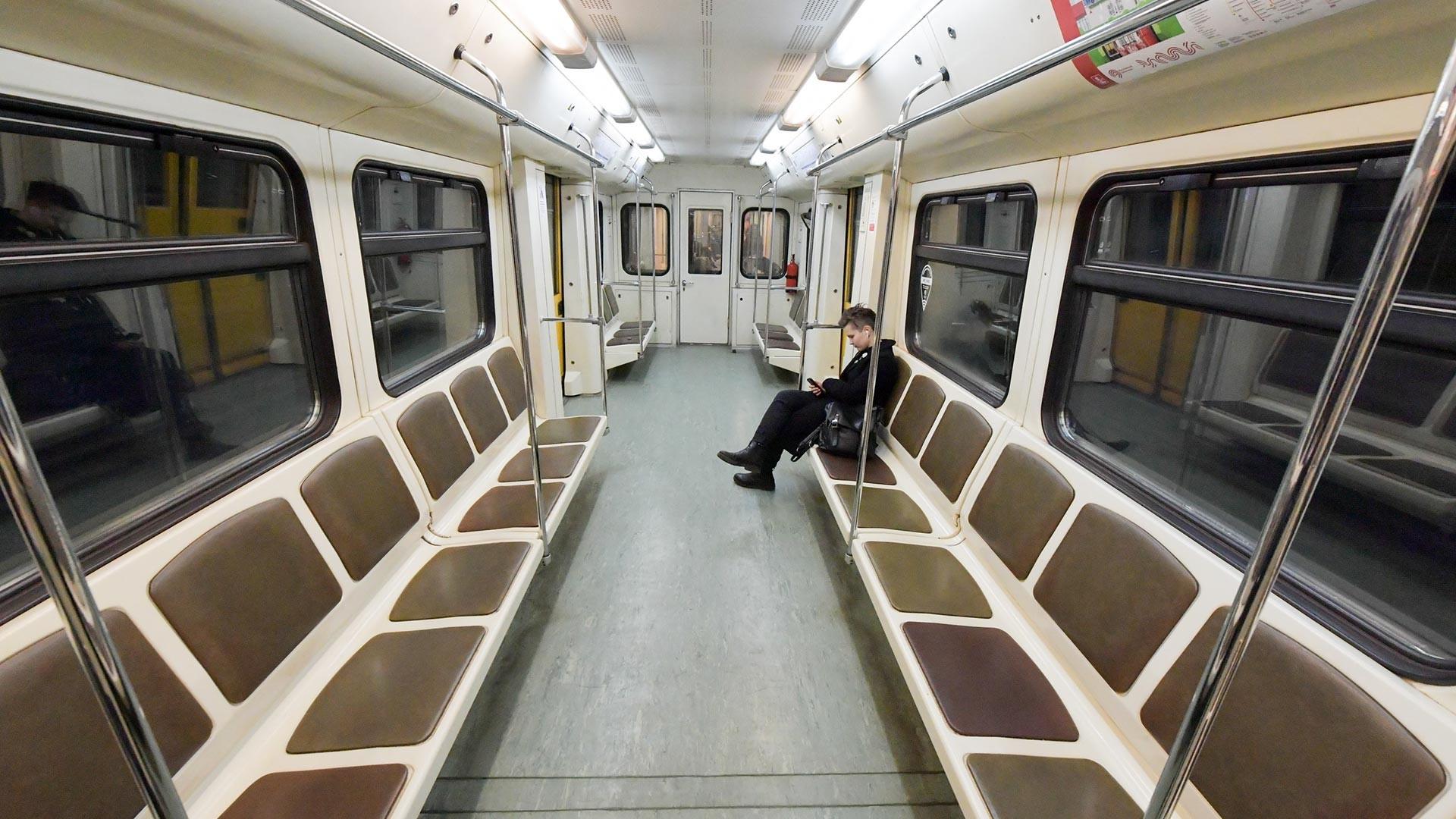 Le métro presque vide de la capitale