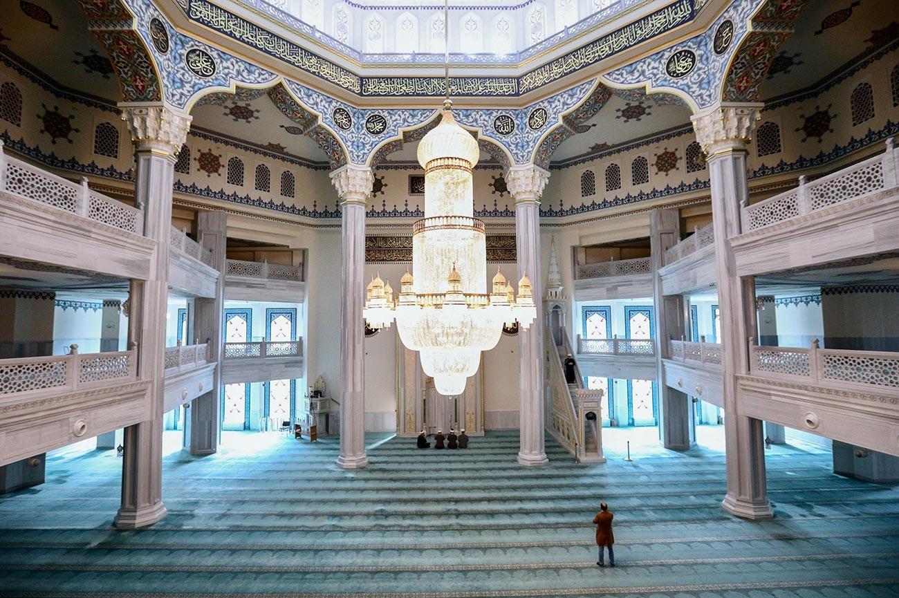 Prière en ligne organisée depuis la Mosquée-cathédrale de Moscou
