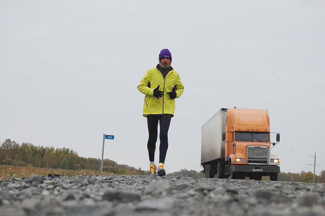 Christophe Vissant à son approche de la ville d'Omsk, en Sibérie, lors de sa précédente course en Russie