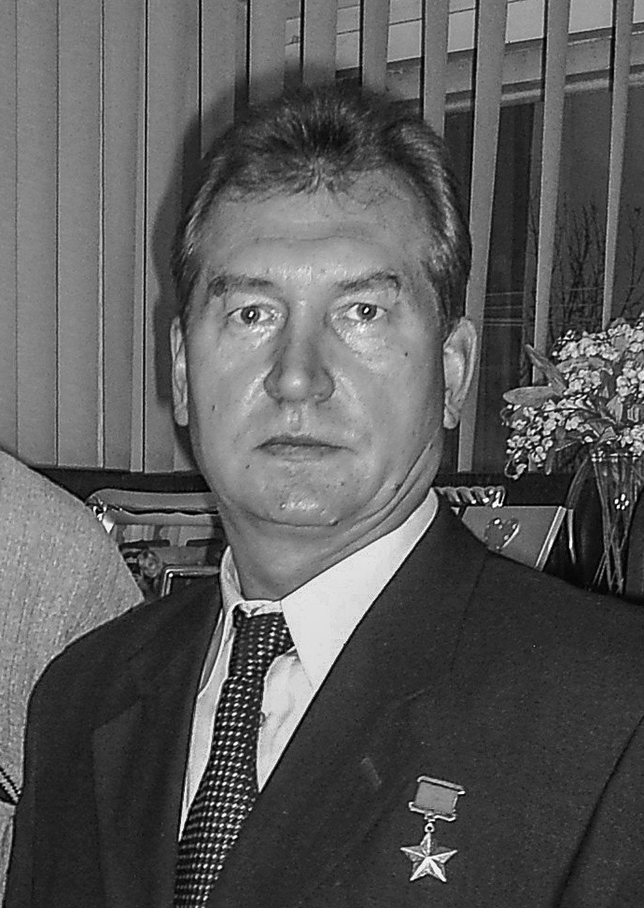 Pahlawan Uni Soviet Leonid Solodkov.