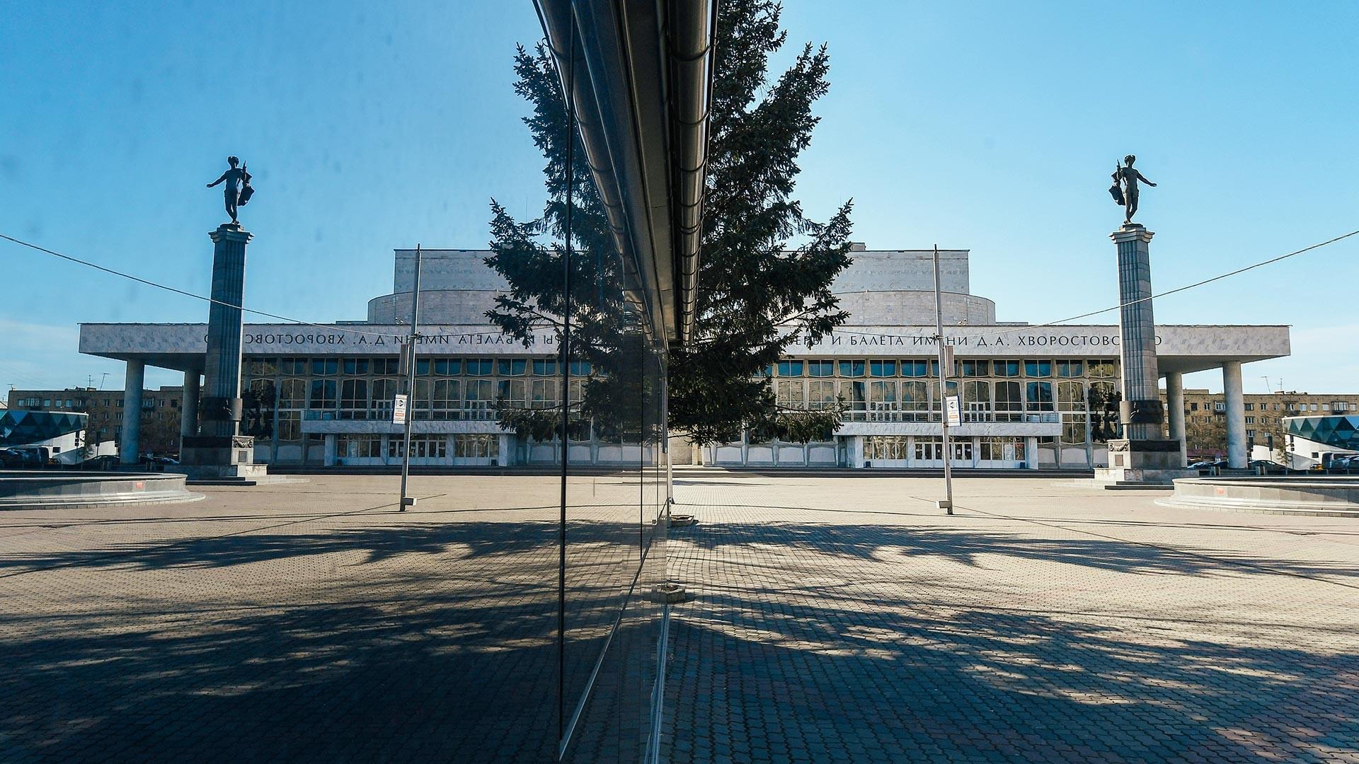 クラスノヤルスクの劇場広場の現在様子