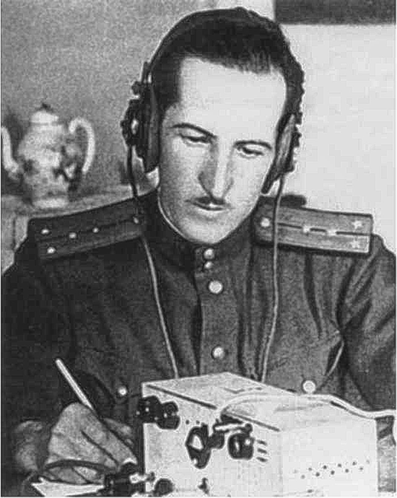 """Александар Демјанов """"Хајне"""" на вези са немачким """"центром""""."""