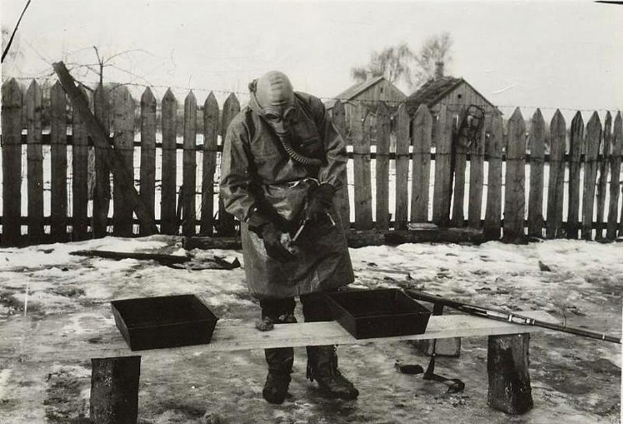 Exercício de arma antiquímica na década de 1930