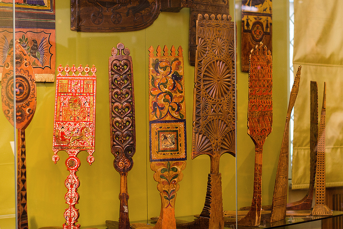 Different types of Russian distaffs from the collection of the All-Russian Decorative Art Museum