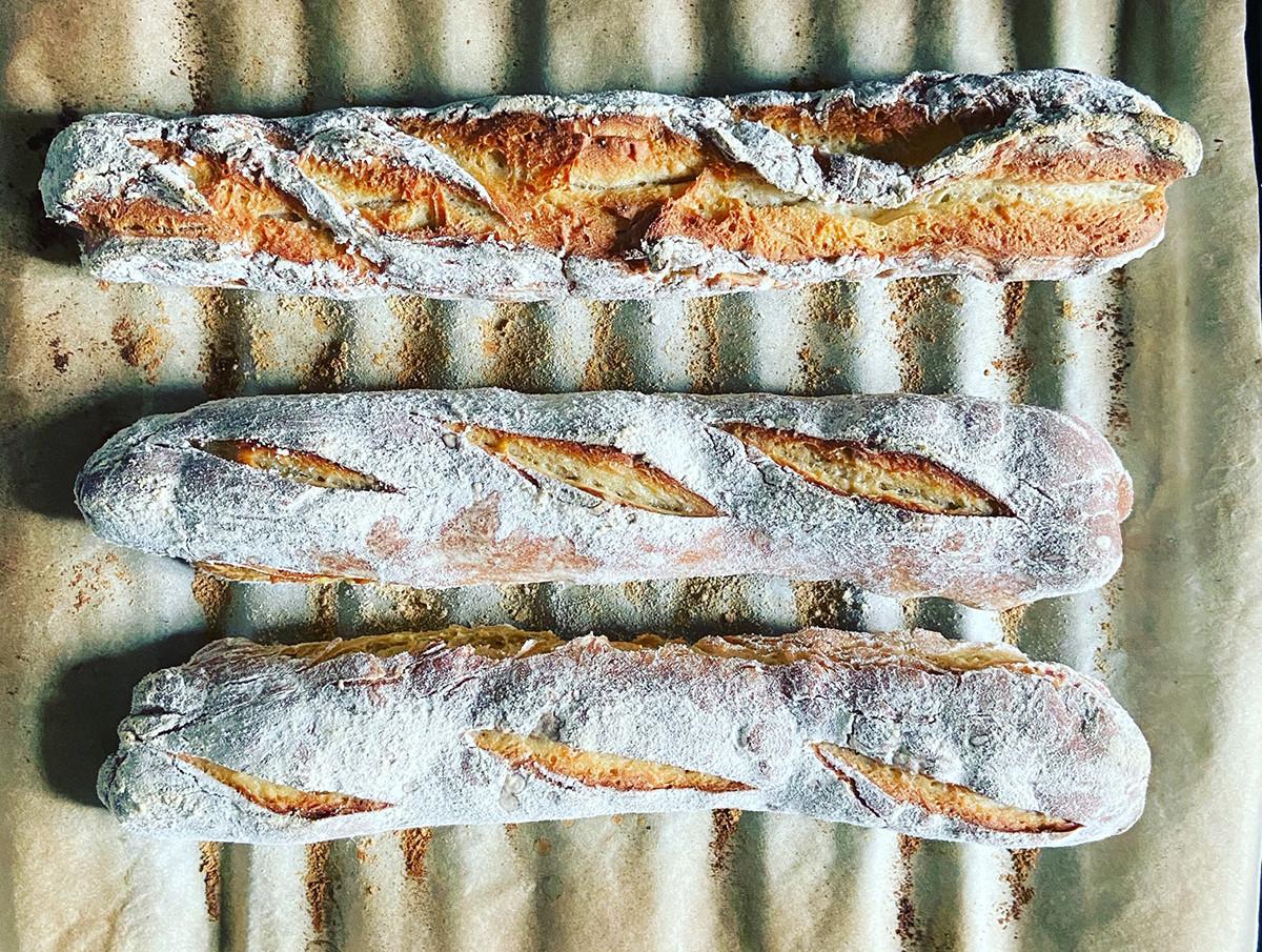 Почему бы не испечь свежий хлеб дома?!