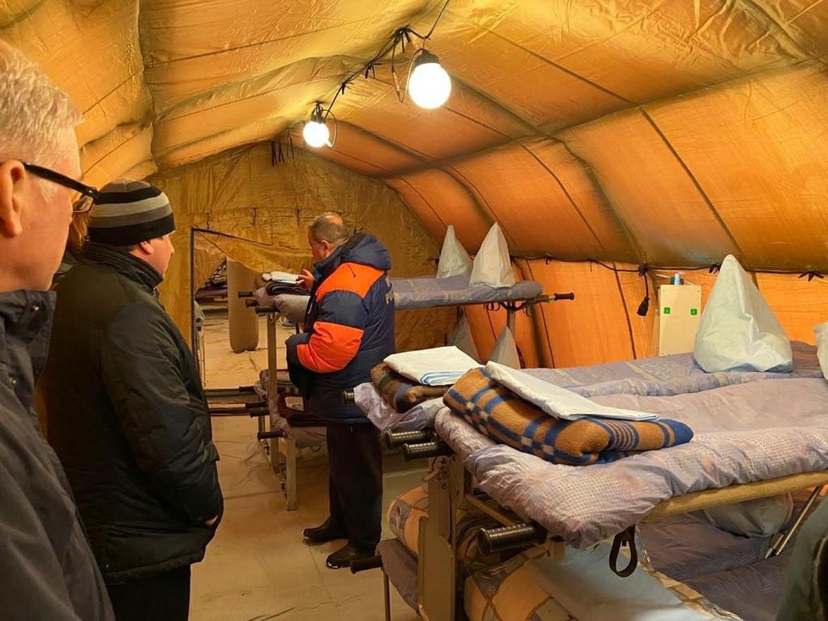Belokamenka, Murmanska regija: poljska bolnišnica, ki jo je mogoče prepeljati s helikopterjem