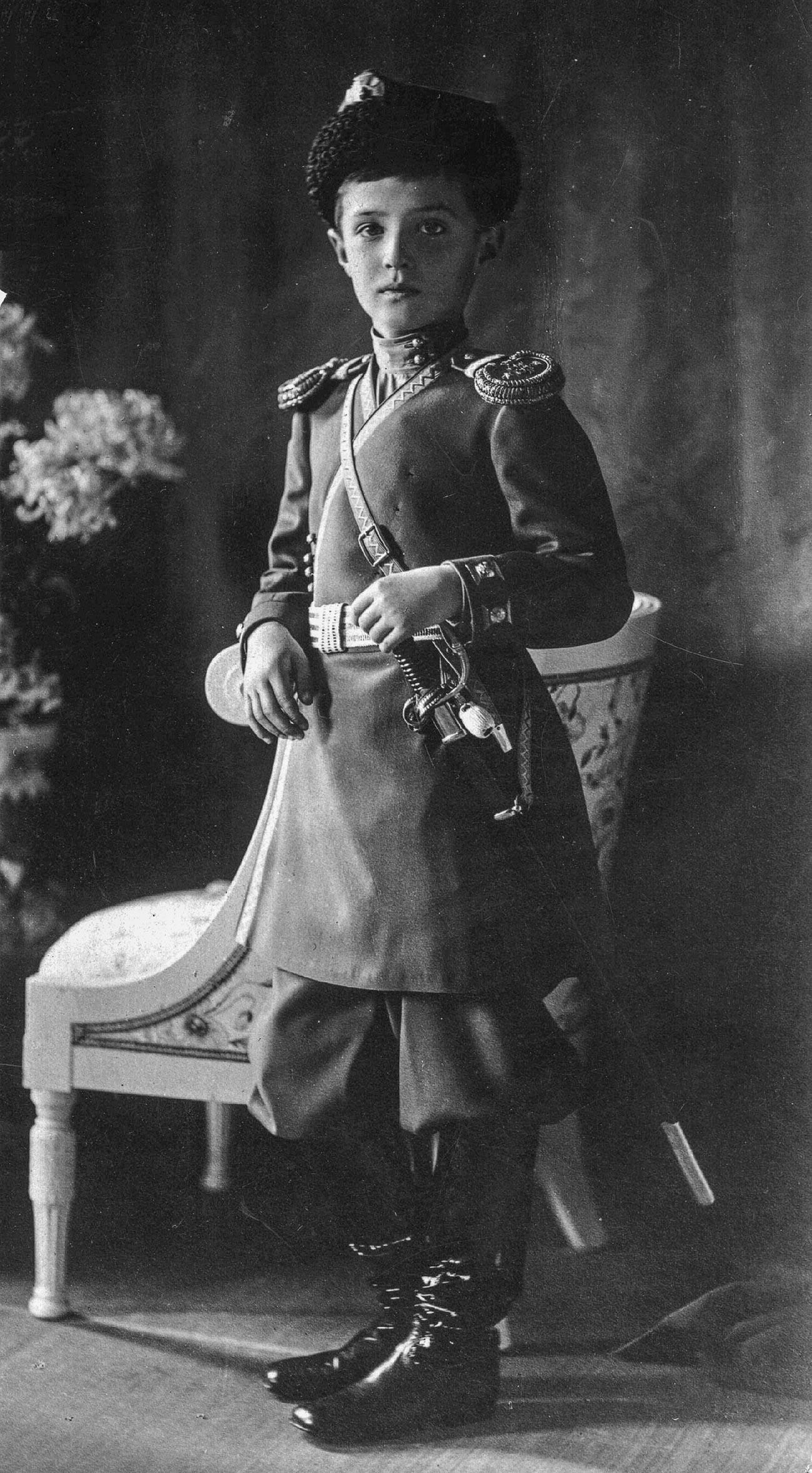 Aleksey Nikolaevich (1904 – 1918), putra mahkota dan pewaris takhta Kekaisaran Rusia.